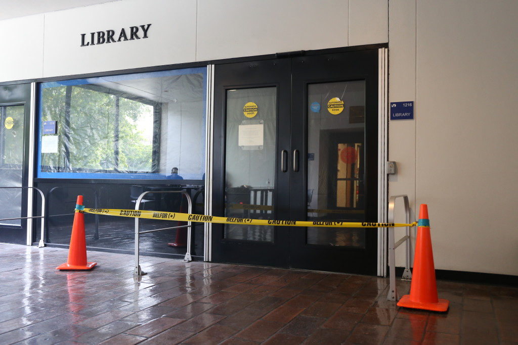 Photo of the entrance to the Wolfson Campus library.