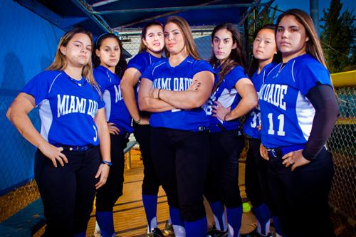Group photo of the Lady Sharks softball team.