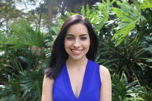 Headshot of Daniela Molina.