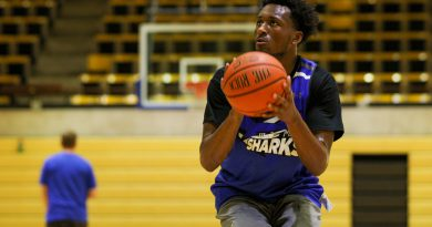 Photo of DJ Russell at practice.