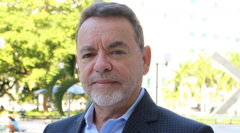 Photo of Alejandro Rios.