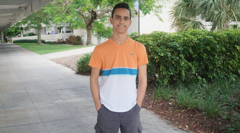 Photo of Ricardo Castro.