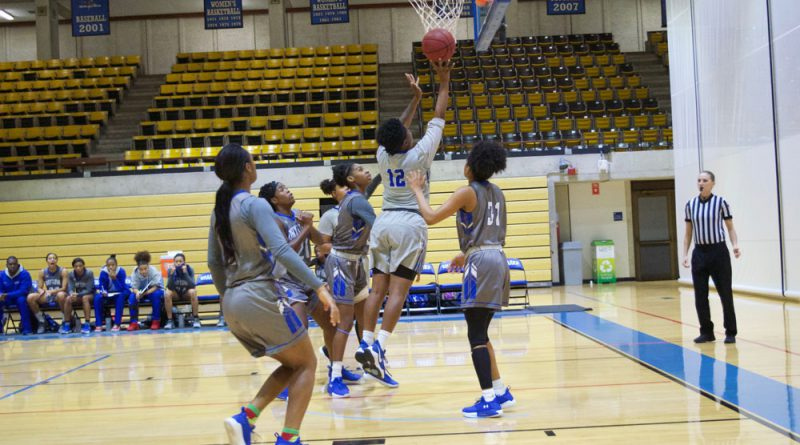 Daliyah Brown on the court.