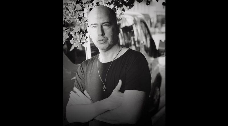 Photo of Carlos Pintado, who will give creative writing workshop.