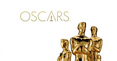Academy award logo and statues.