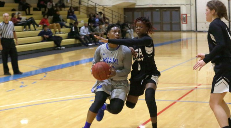 Daliyah Brown attempting to score.
