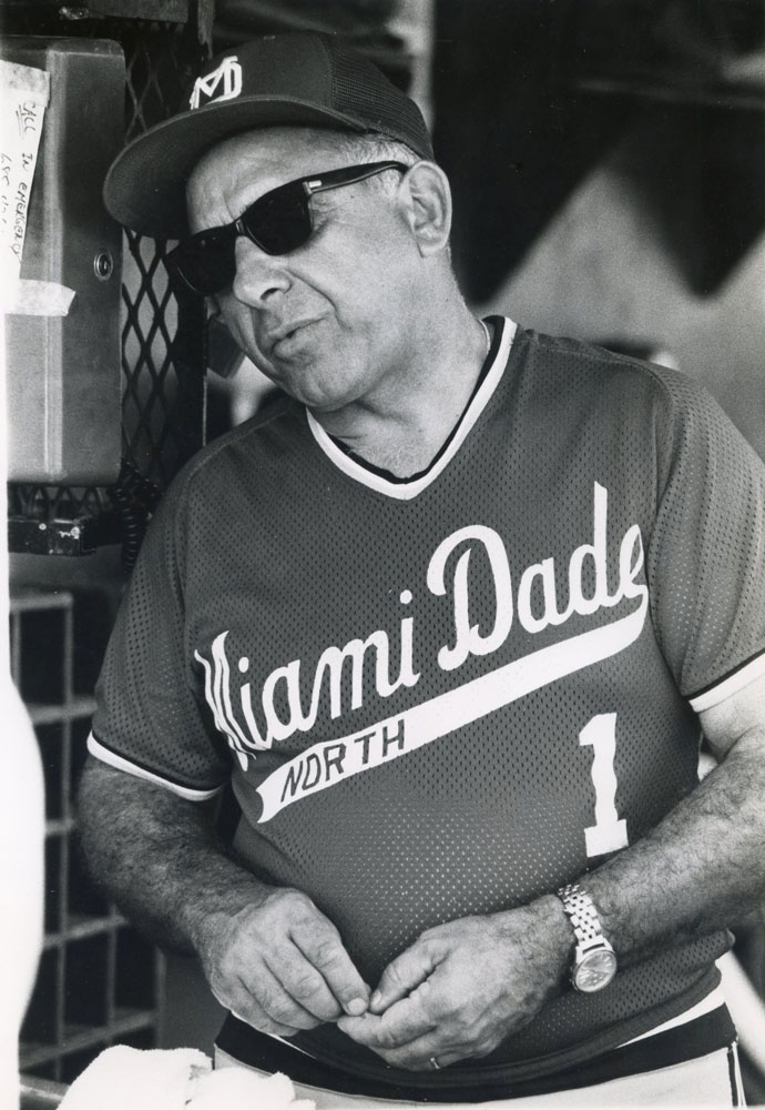 Old photo of Demie Mainieri.