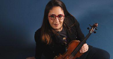 Daniela Padron plays the violin.