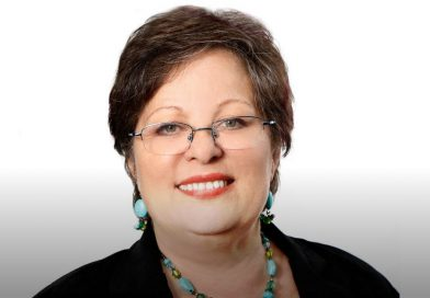 Professor Lisa Shaw